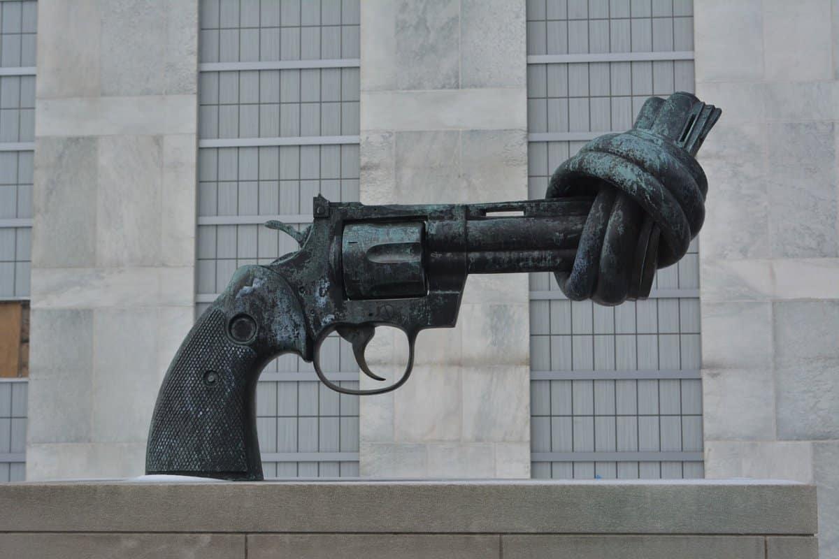 Verknoteter Revolver, UN-Headquarter